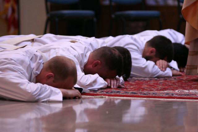 2014priest_ordination_-0234-credit-stacy-rausch-arlington-catholic-heraldSMALL