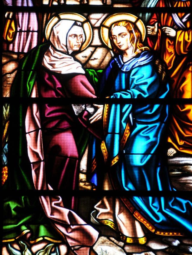 Stained_glass_windows_of_the_Visitation_2