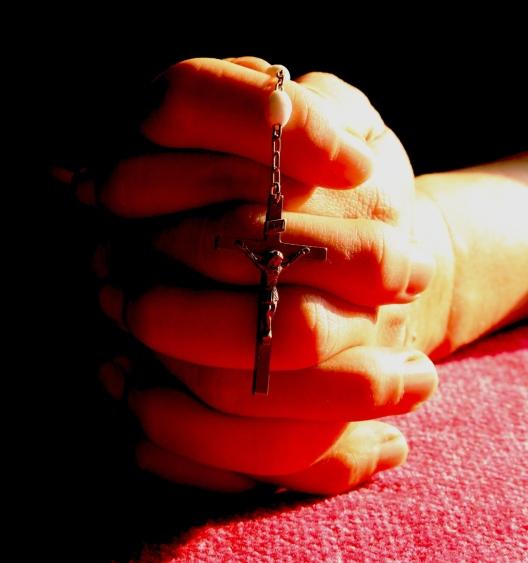 praying-hands-1411873-1279x1364