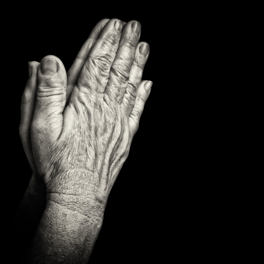 hands-elderly